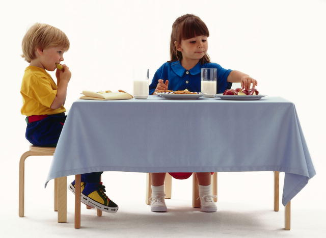 Table manners emma 39 s children for Eating table